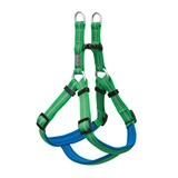 HARNESS NYLON GREEN SM 1- Comfortable neoprene lining<br />2- Four slides for adjustability<br />3- Reflective safety stripe